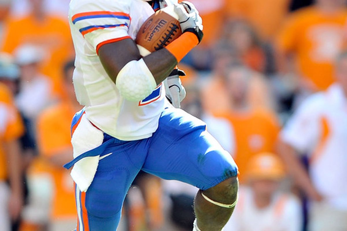 KNOXVILLE TN - SEPTEMBER 18:  Jeff Demps #2 of the Florida Gators oruns against the Tennessee Volunteers at Neyland Stadium on September 18 2010 in Knoxville Tennessee.  (Photo by Grant Halverson/Getty Images)