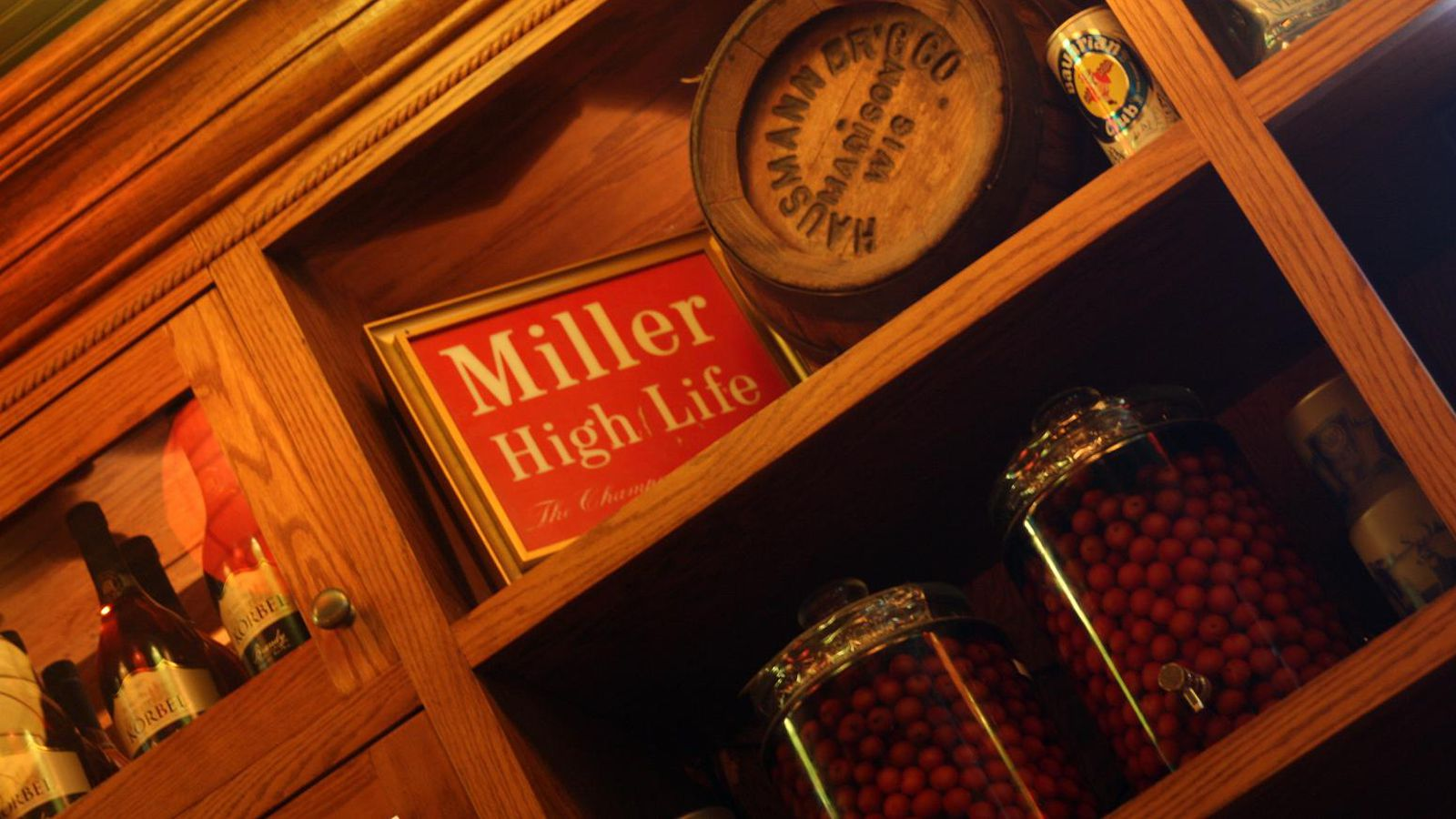 The 5 Best Restaurants In Madison: A Badger Fan's Guide To
