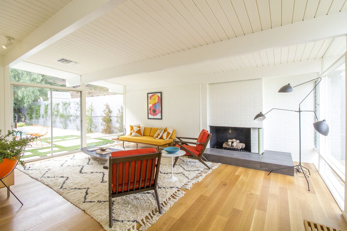 Refurbished midcentury modern in wooded Whiting Woods asks $1.49M ...