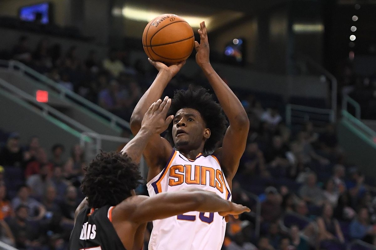Center of the Sun Phoenix Suns end preseason with 2 3 record