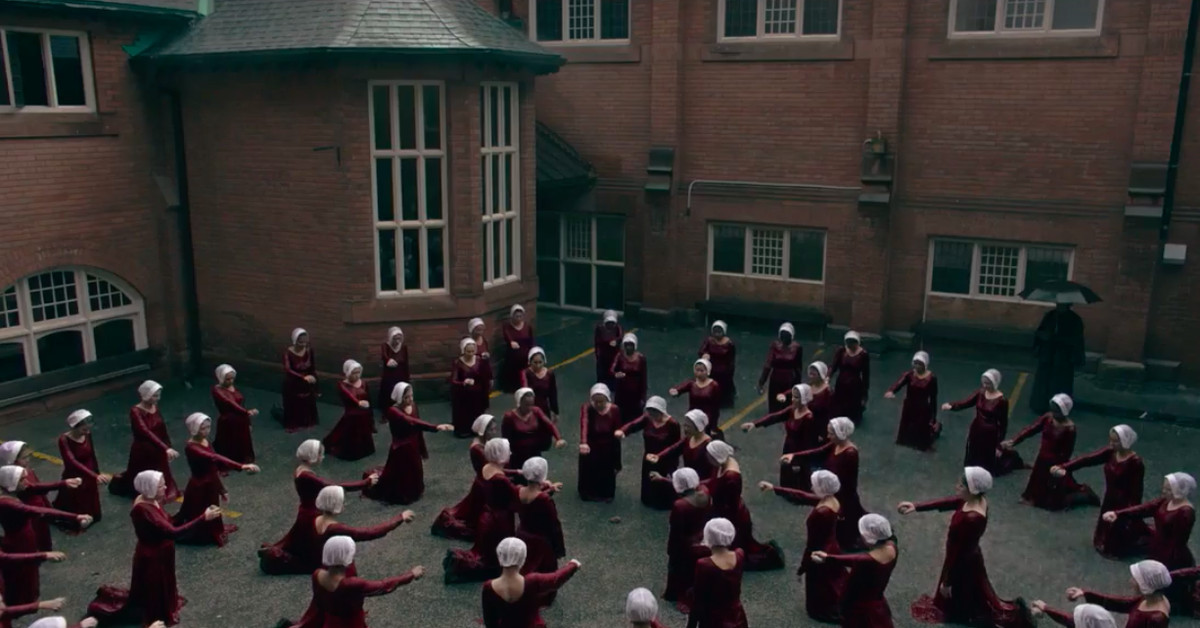 the handmaids tale a synopsis Synopsis: the drama series based on the novel of the same name written by margaret atwood is set in a dystopian future where fertility rates have dropped and the few fertile women remaining, called handmaids, have been forced into servitude they are ritually raped so they can get pregnant and bear children for wealthy couples.