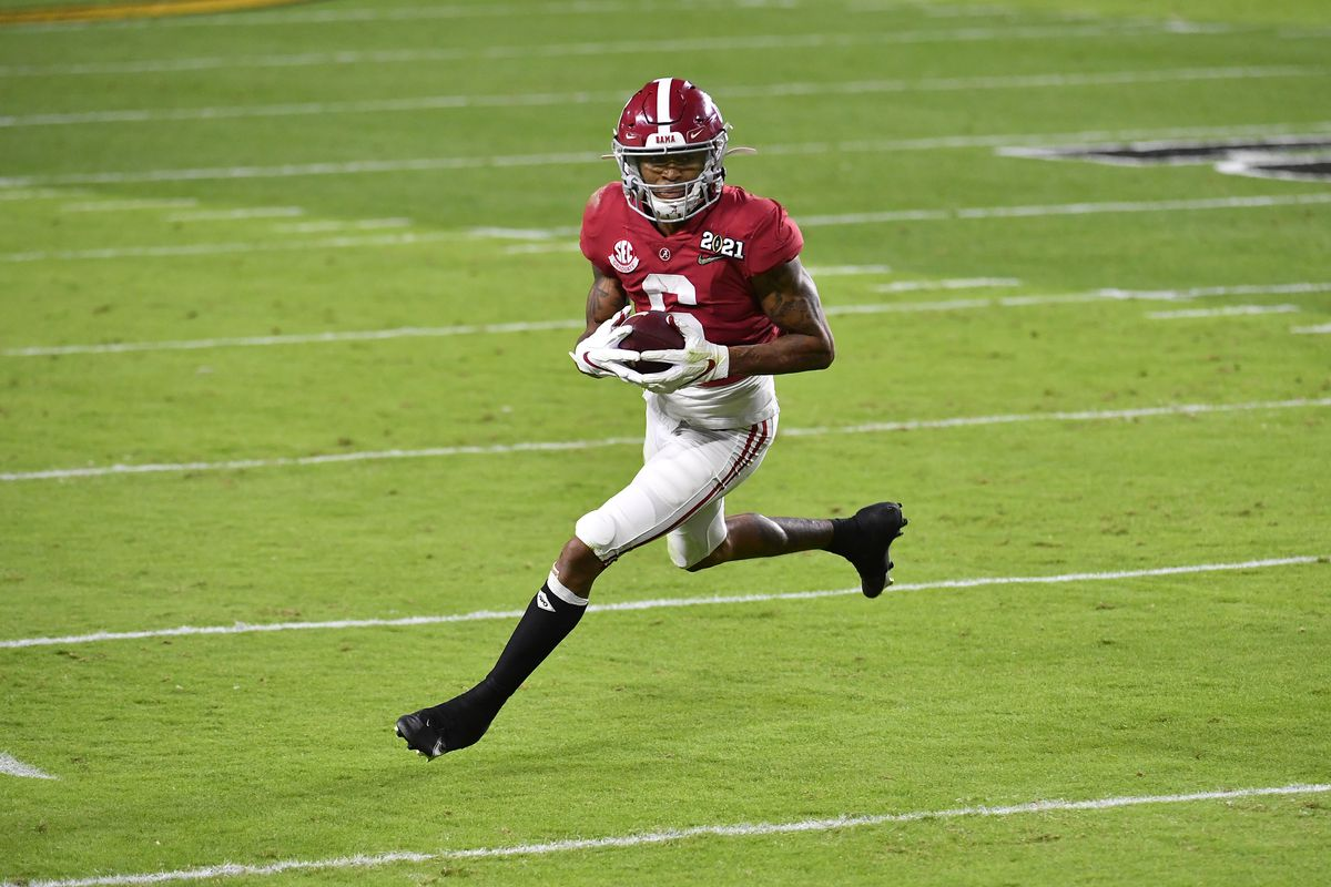 DeVonta Smith weight: 2020 Heisman Trophy winner weighs in at 166 pounds  ahead of 2021 NFL Draft - DraftKings Nation