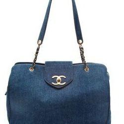 "<a href=""http://www.shopbop.com/vintage-chanel-denim-tote-wgaca/vp/v=1/845524441940792.htm?folderID=2534374302055381&fm=other-shopbysize-viewall&colorId=11554""> WGACA Vintage Chanel denim tote</a>, $5500 shopbop.com"