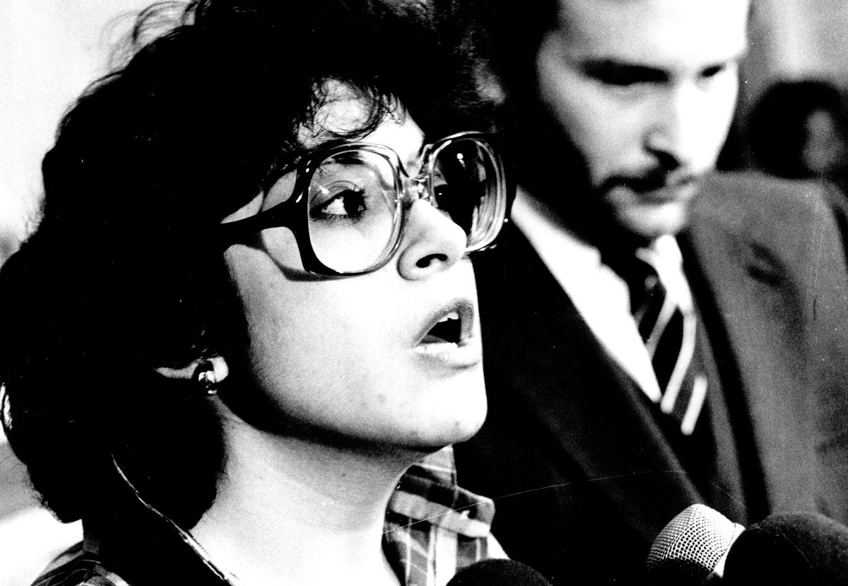 Karen Rios after the 1981 crane accident at the Thompson Center site that killed five workers and left her husband Phillip, the sole survivor, with severe injuries.