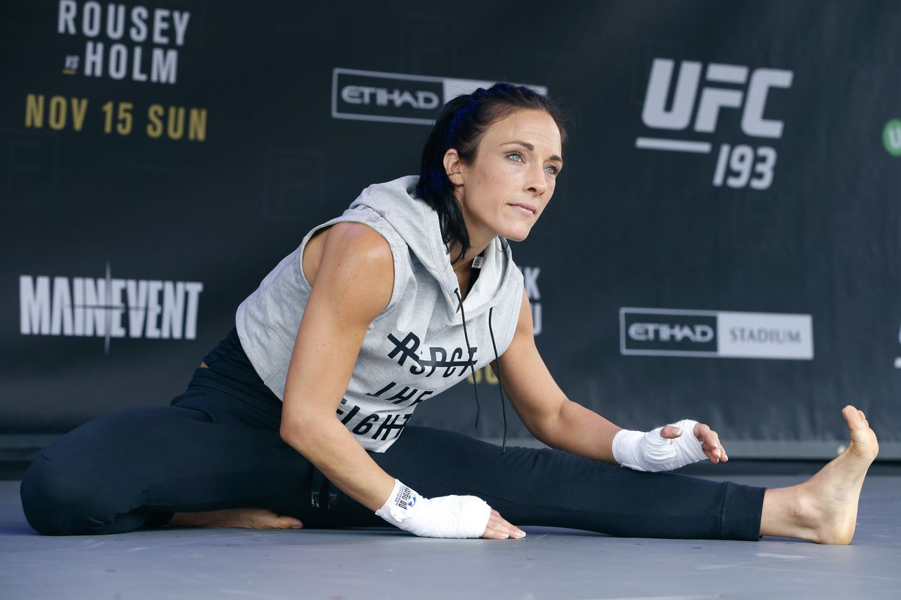 Valerie Letourneau wishes UFC would have added women's 125 earlier, but fine with moving on