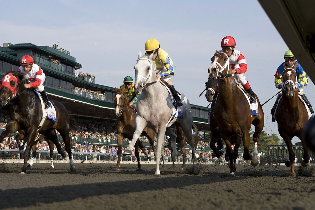 Man it's hard to find non-Keeneland pictures of synthetic race surfaces.