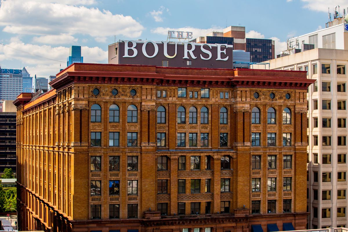 There\'s a Beer Garden Popping Up at the New Bourse Food Hall - Eater ...