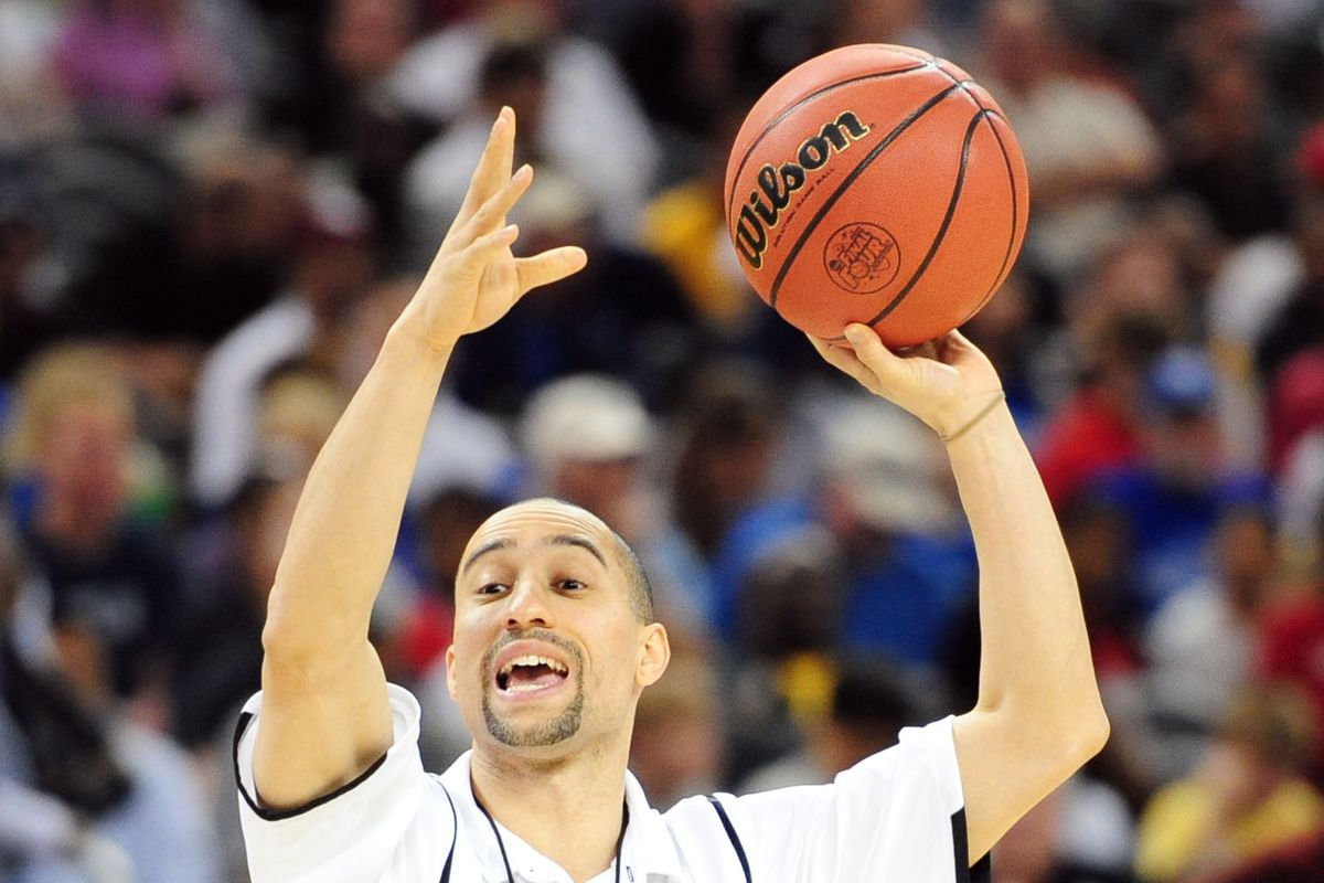 Shaka Smart's ambitions at Texas are sky high, but his boss may bring him back to earth.