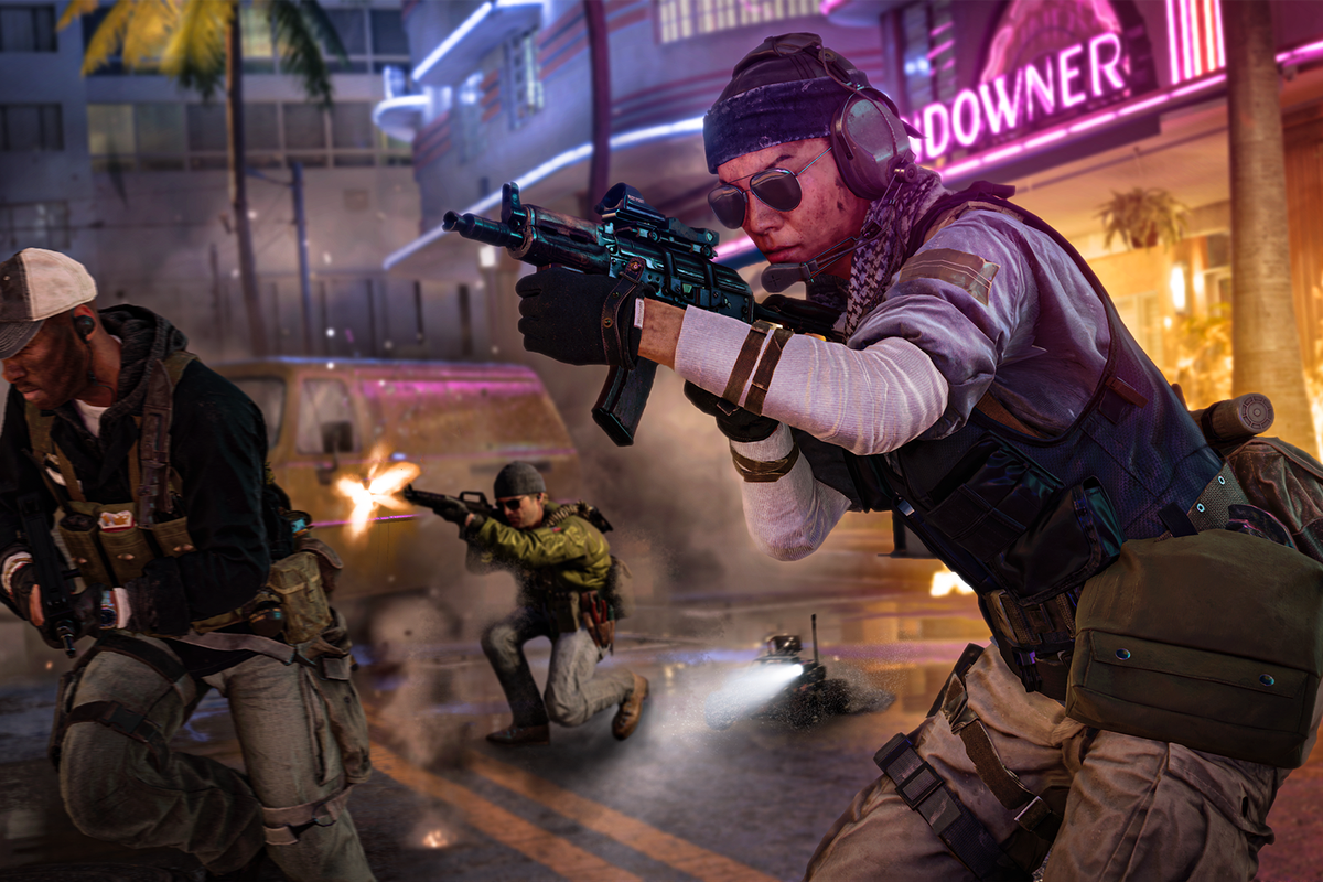 Call of Duty: Black Ops Cold War players in a gunfight in Miami