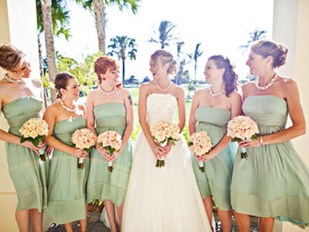 "Image via <a href=""http://www.hairstylesbysarahjackson.com/wedding-hairstylist/bridal-parties"">Hairstyles by Sarah Jackson</a>"