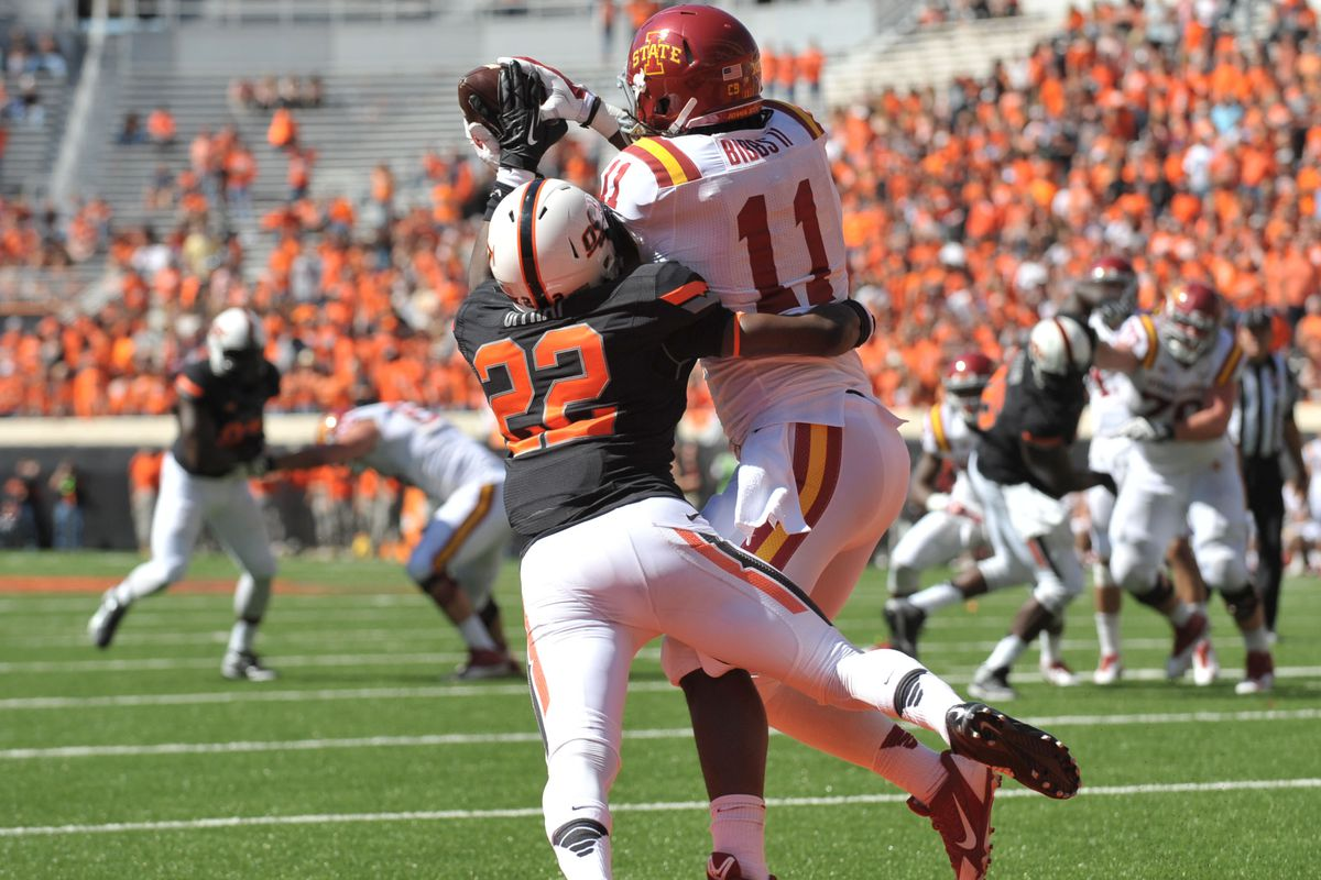 E.J. Bibbs boxing out his man for a TD reception