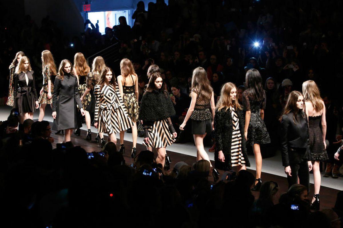 Jill Stuart's fall 2013 runway show. Image via Getty.