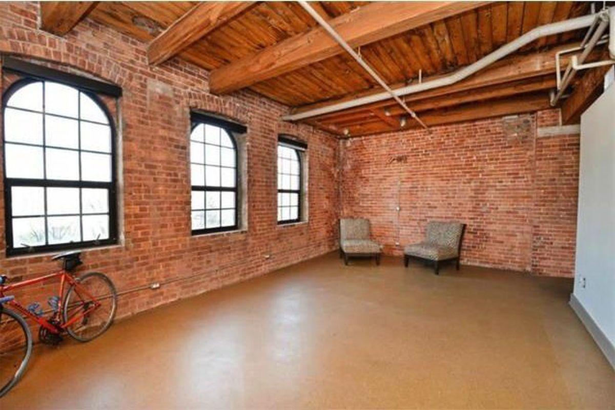 135k Choppy Rivertown Loft Needs To Open Up A Little
