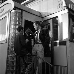 """Vaughn Monroe Outside a Diner, Stanley Kubrick, 1949, From the collections of the Museum of the City of New York[<a href=""""http://collections.mcny.org/C.aspx?VP3=SearchResult_VPage&VBID=24UP1GY7JH7Q&SMLS=1"""">link</a>]"""