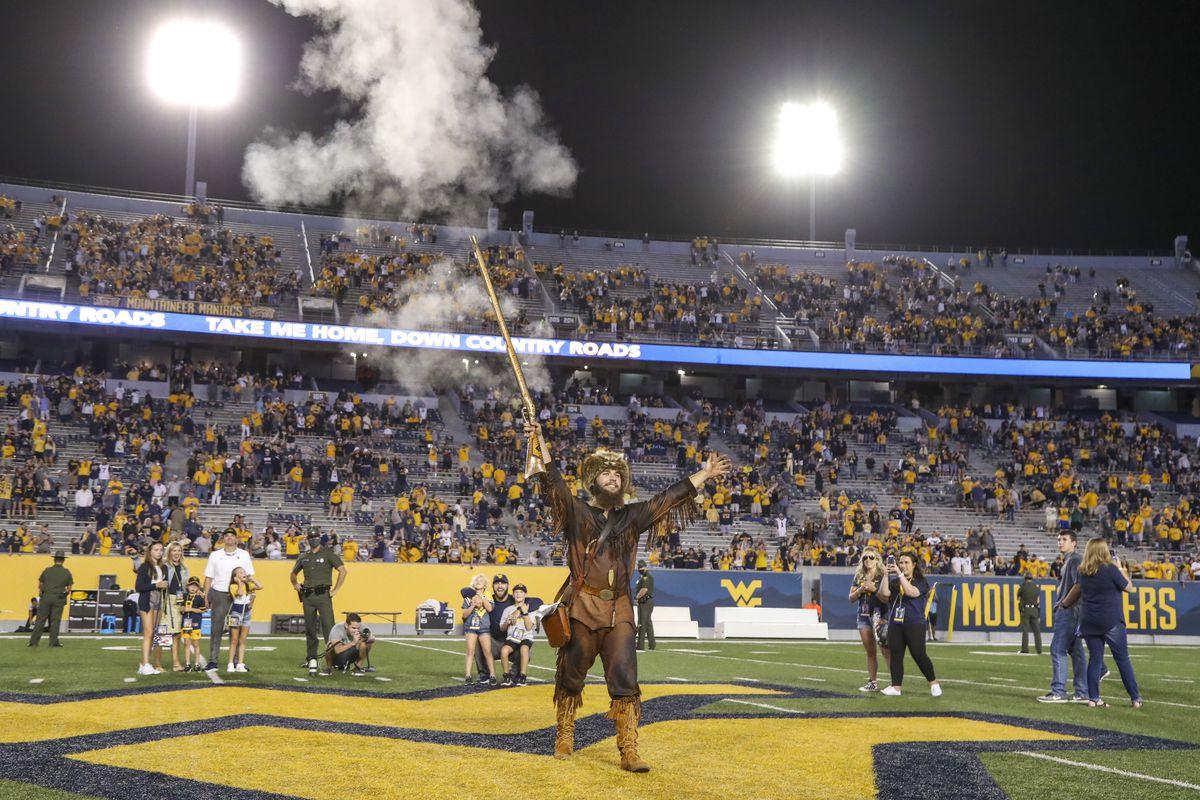 NCAA Football: LIU at West Virginia