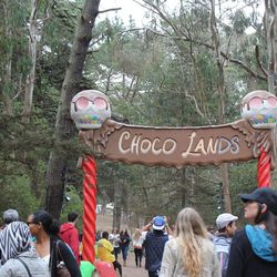 Chocolate-hungry hordes head into Choco Lands.