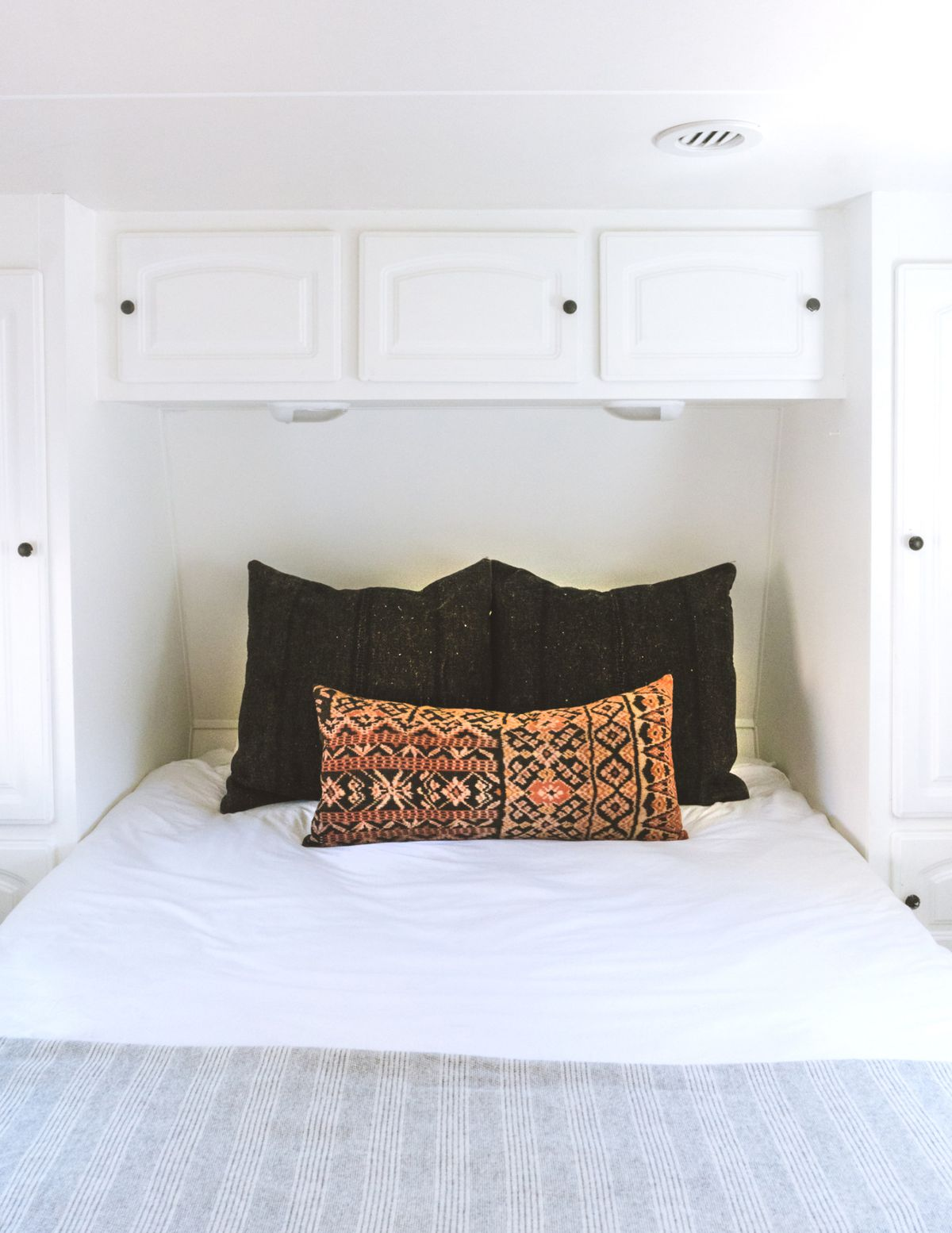 Renovated camper trailer takes designer home goods on a road trip ...