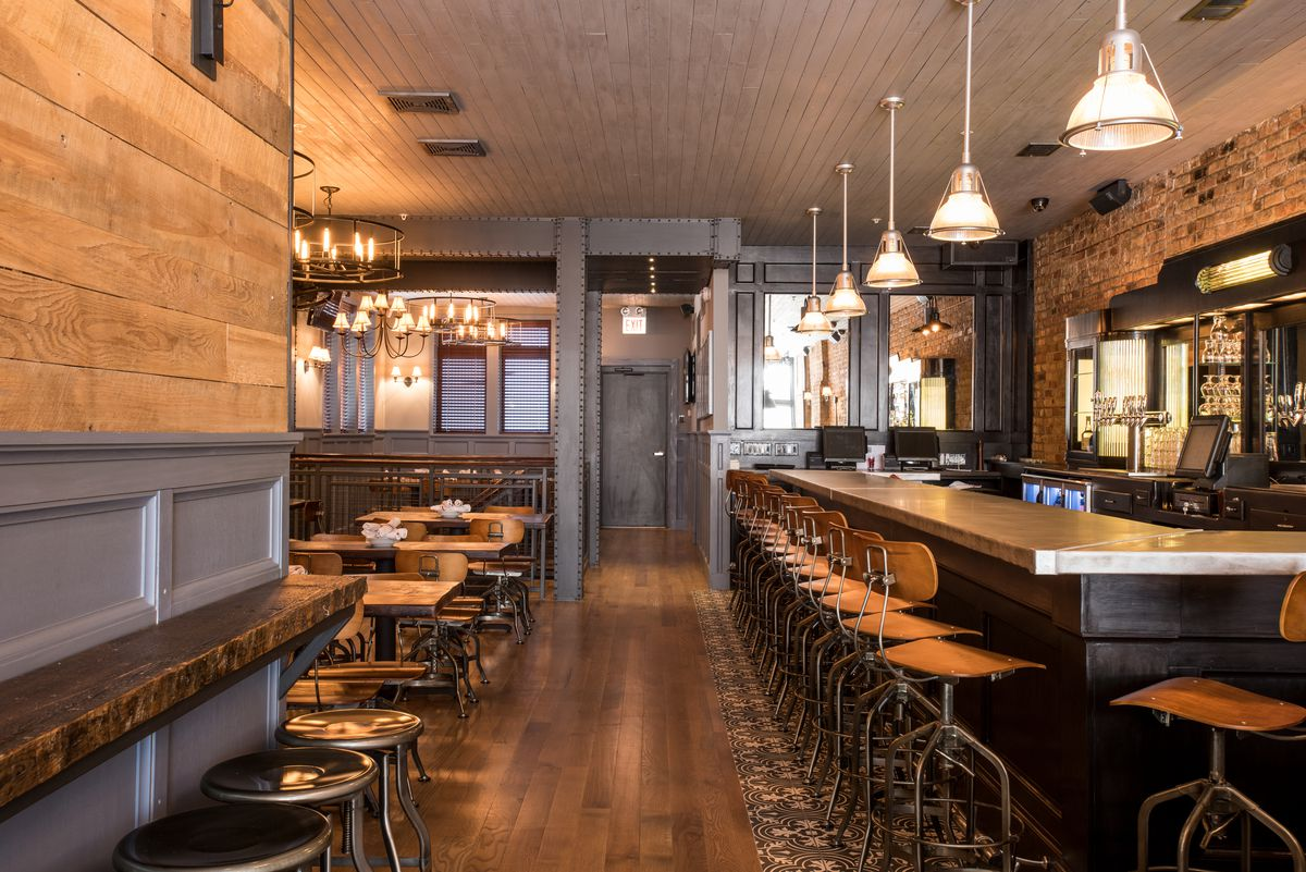 Tour Centennial Crafted Beer Giving River North 56 Taps