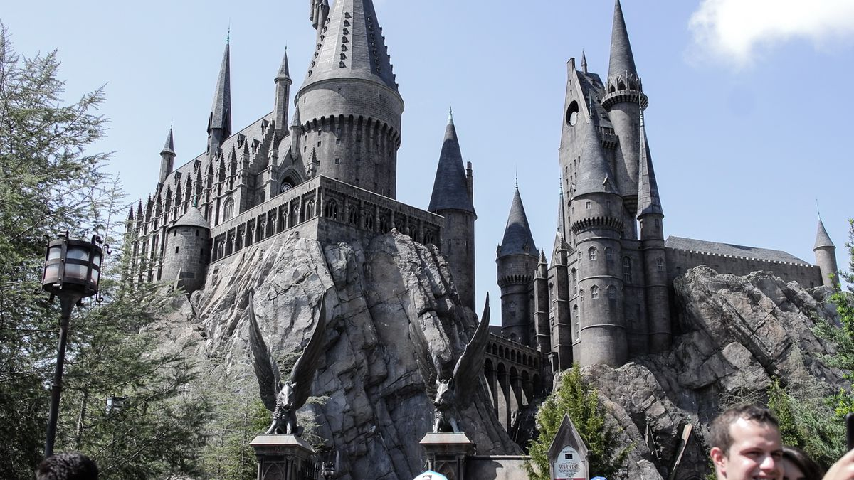 0c47125aafa5a Everything You Need to Eat and Drink at The Wizarding World of Harry Potter