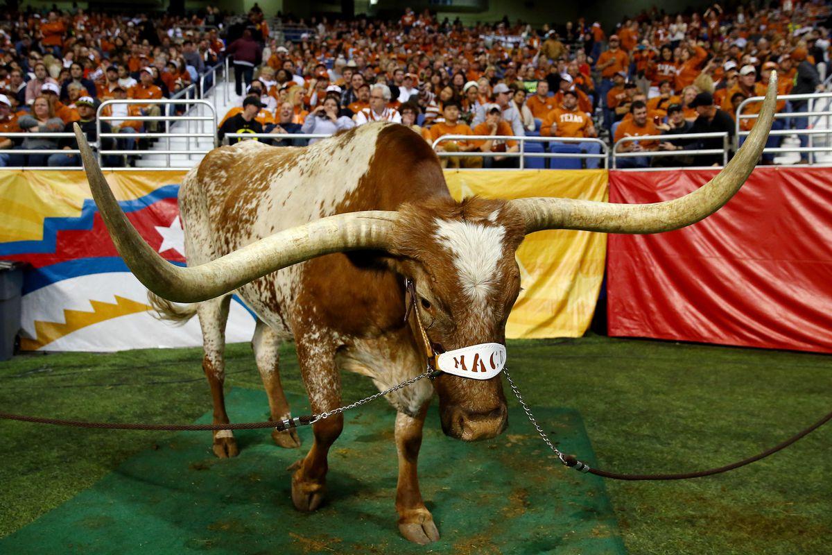 Valero Alamo Bowl - Oregon v Texas