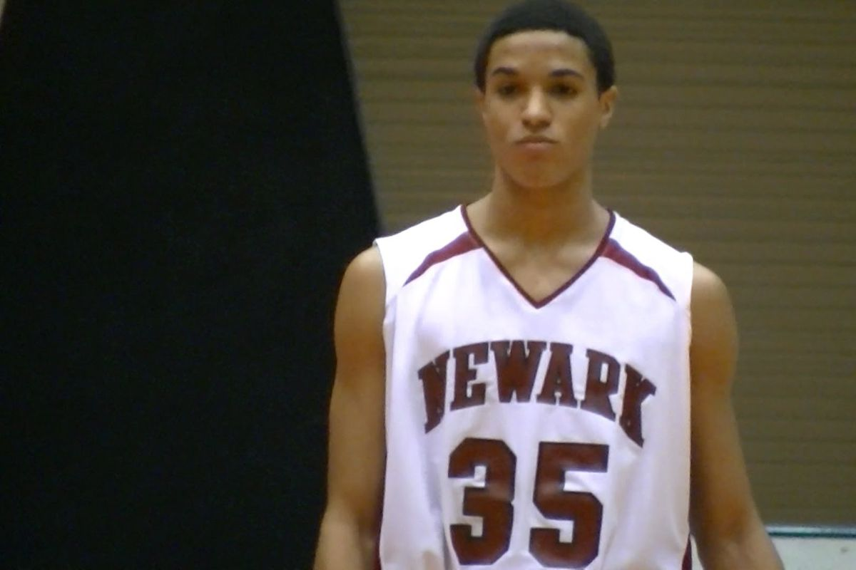 Newark shooting guard Jordan Dartis became the latest Ohio star to make a college commitment on Monday