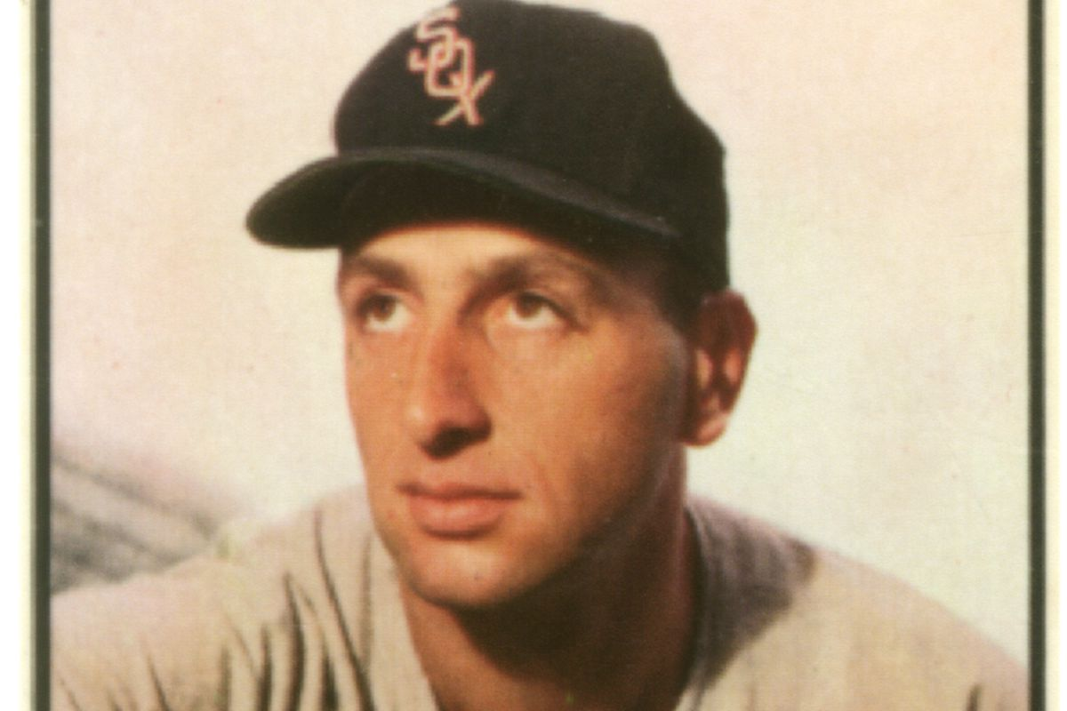 Baseball Card Of Saul Rogovin