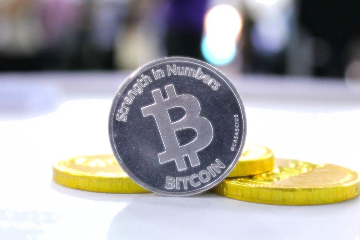 lengviausias būdas prekiauti bitcoin už ripple bitcoin atm cleveland ohio