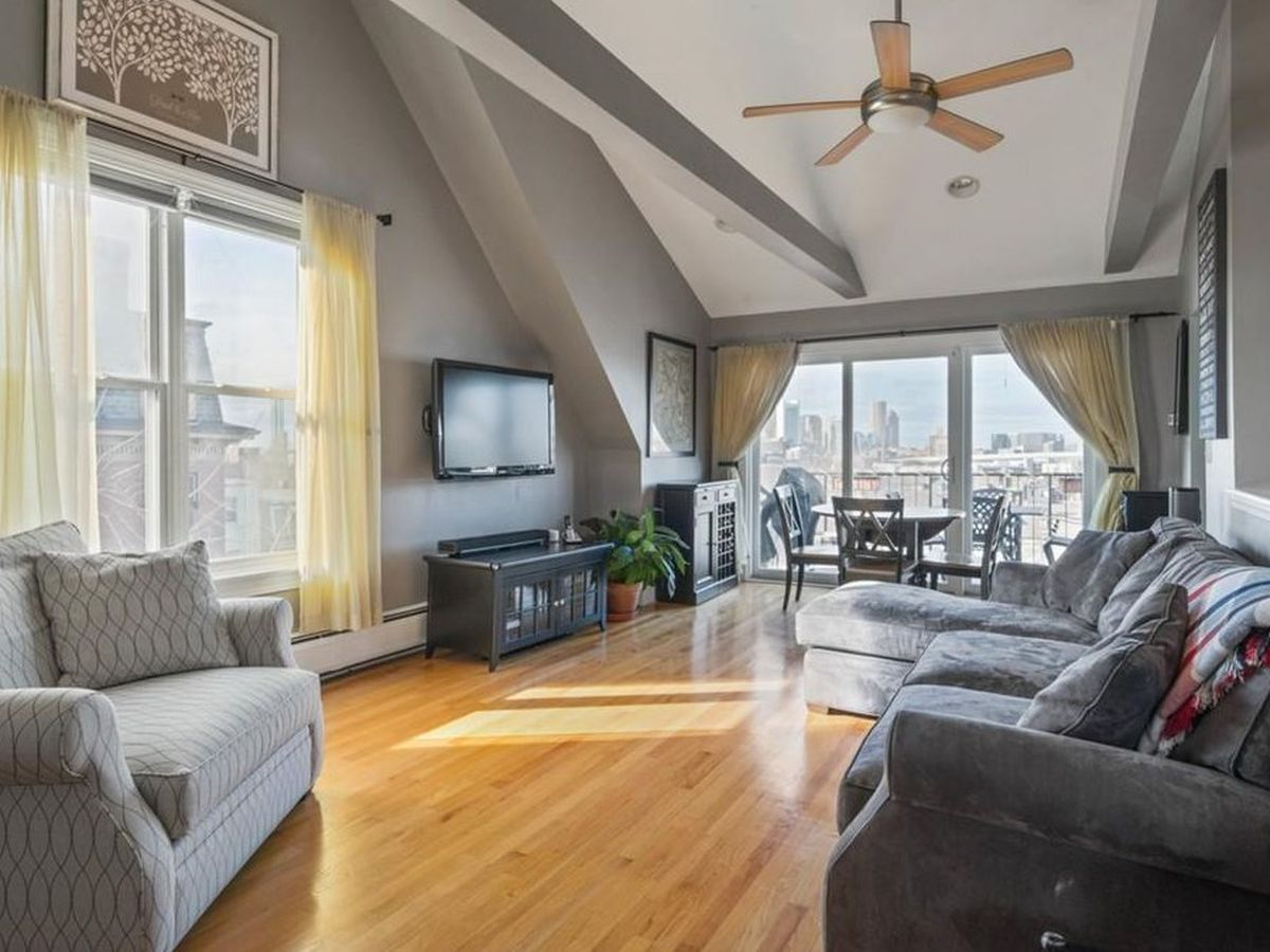 Amazing South Boston Open House Tour 8 Options For Under 900 000 Home Interior And Landscaping Ologienasavecom
