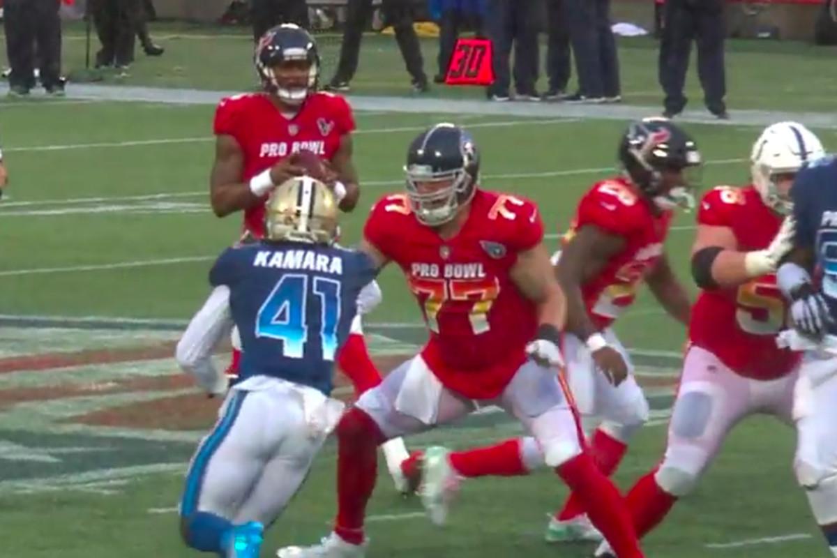 quality design 4f0c4 23557 2019 Pro Bowl: Alvin Kamara plays defensive end, beats ...