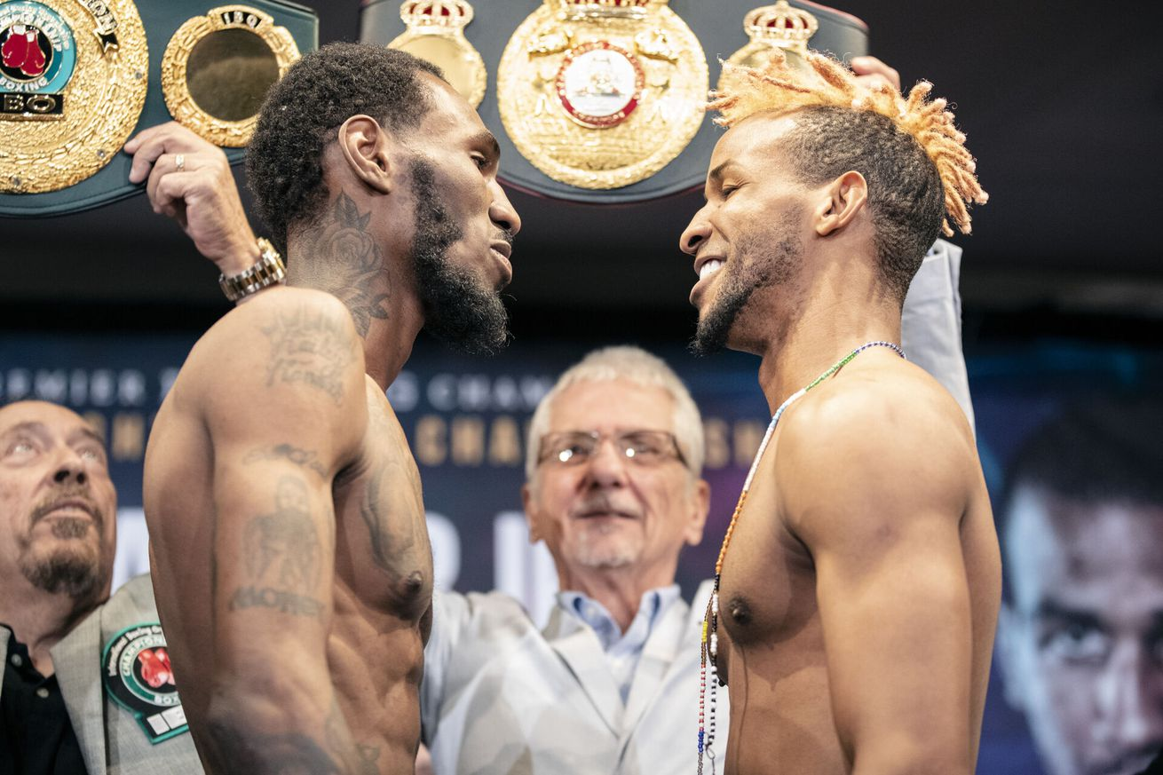 001 Robert Easter Jr x Randes Barthelemy.0 - Easter, Barthelemy make weight, stare at each other