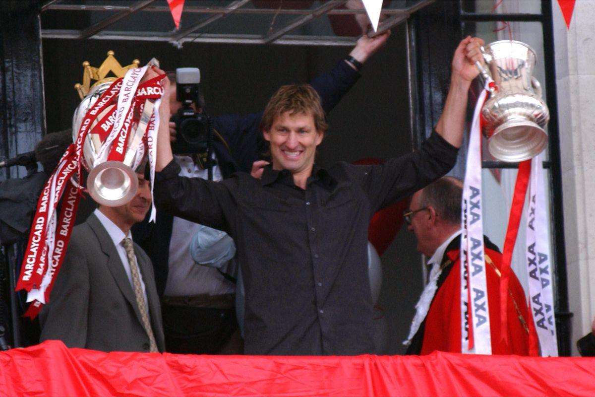 Soccer - FA Barclaycard Premiership - Arsenal Title Parade