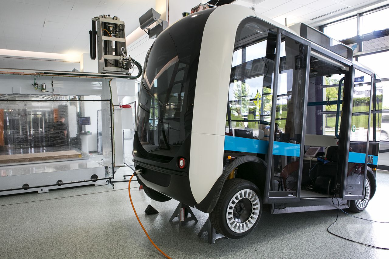 Inside The Local Motors Lab Where 3d Printed Autonomous