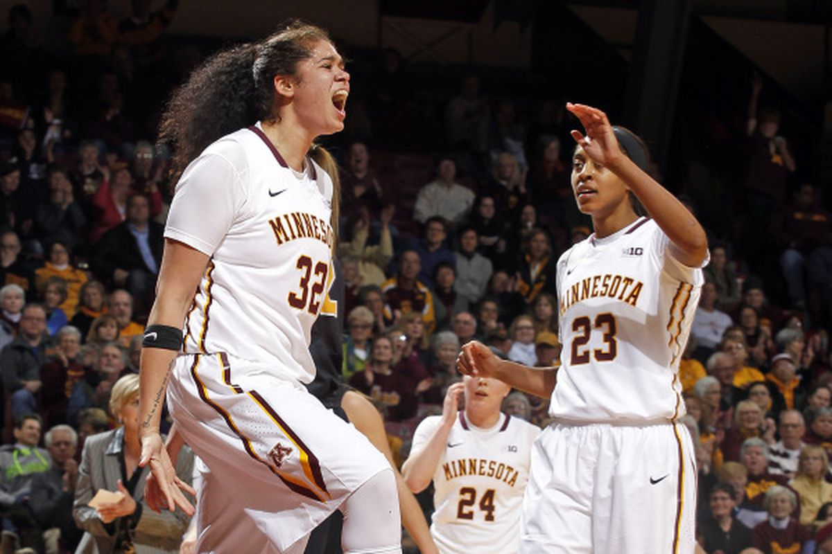 Amanda Zahui B may have had the best Women's College Basketball Game of 2014-15 last night...