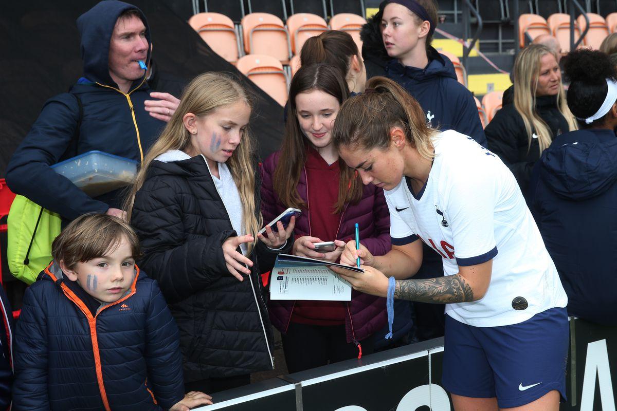 Tottenham Hotspur v Manchester United - Barclays FA Women's Super League