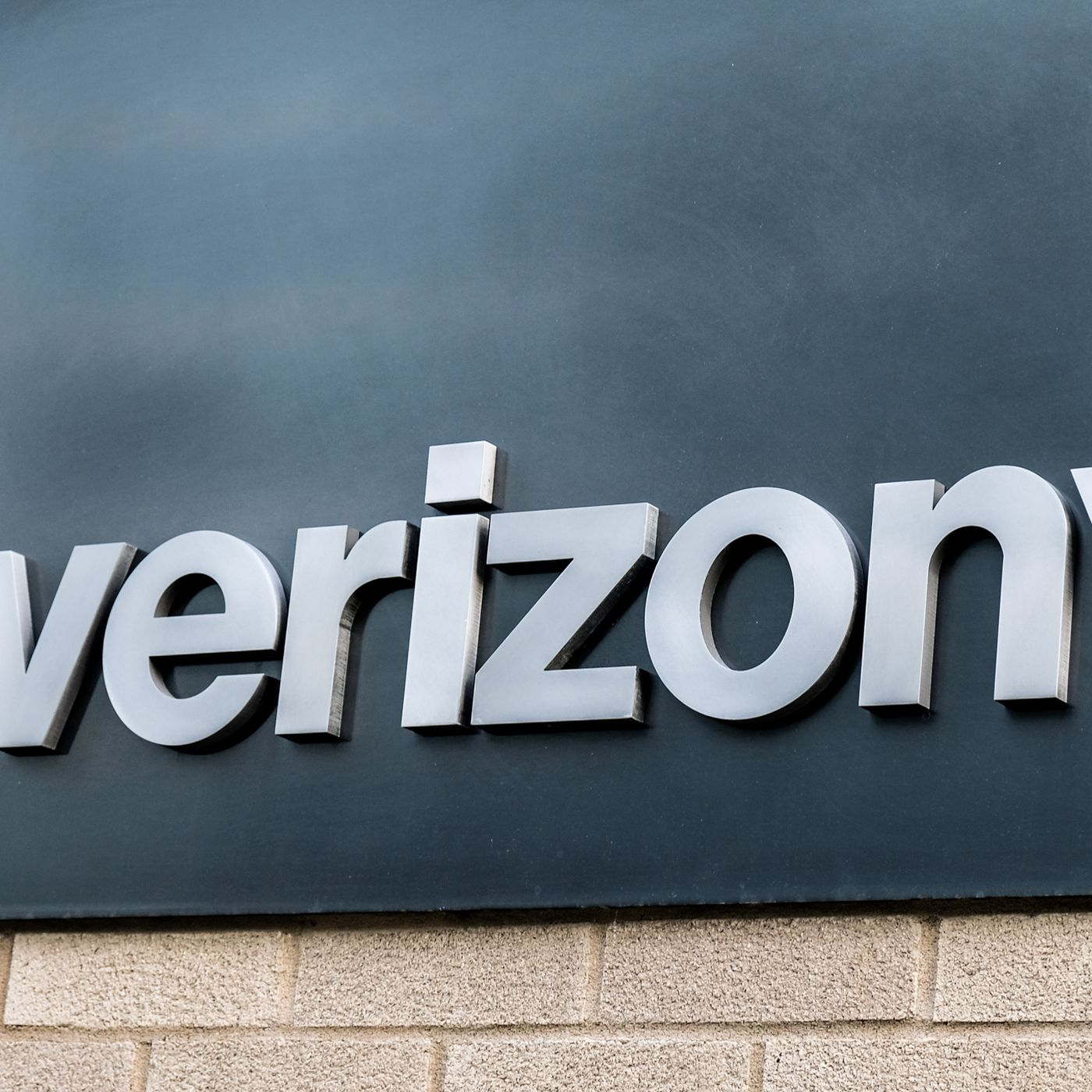 Verizon S New Rewards Program Lets It Track Your Browsing History The Verge