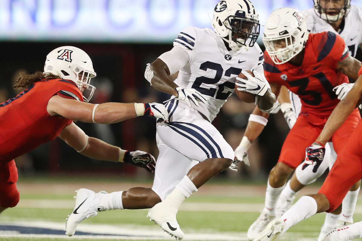 Brigham Young Cougars running back Squally Canada (22) runs against the Arizona Wildcats in Tucson on Saturday, Sept. 1, 2018.
