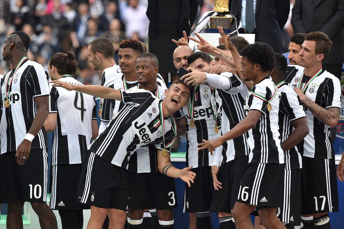 29cd2c057e9 Leaked images of Juventus  2016-17 away   third kits - Black   White ...