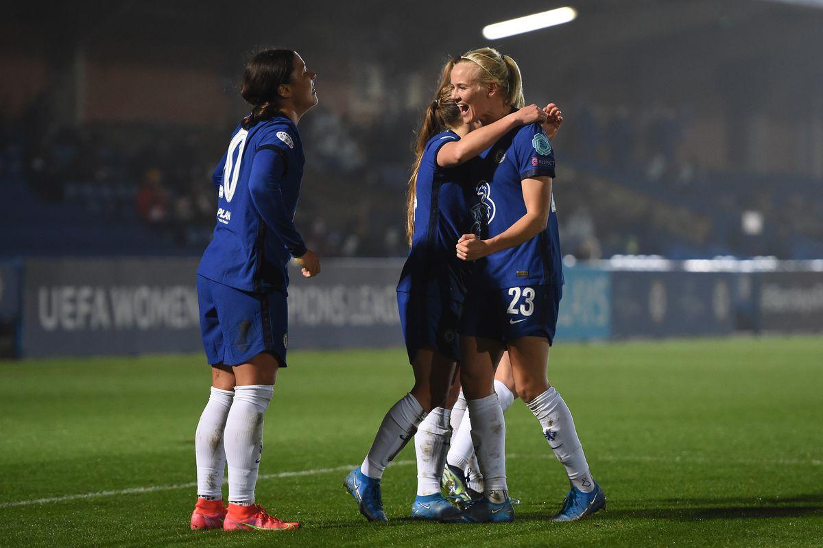 Chelsea FC Women v Atletico Madrid - Women's UEFA Champions League Round Of 16 Leg One