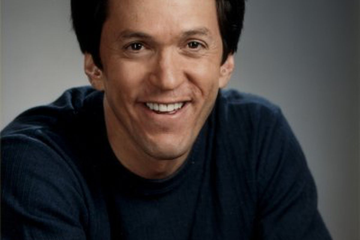 Guest columnist Mitch Albom realizes the dangers of the sun. Why don't you, reader? WHYYYY?