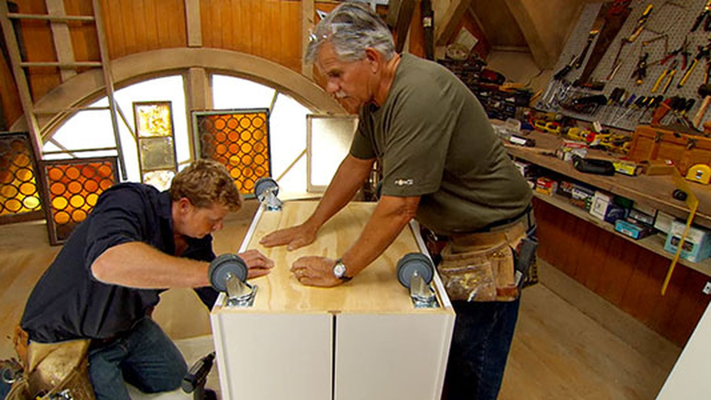 Picture of: Build It Movable Kitchen Island This Old House