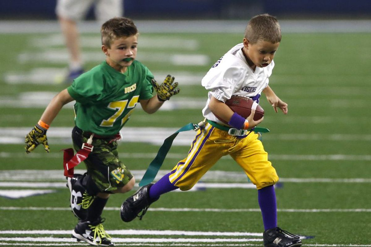 Playing Tackle Football Before 12 >> Study Playing Tackle Football Before Age 12 Increases Long Term