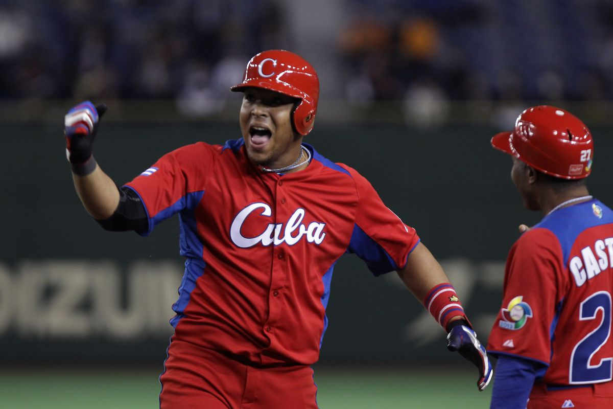 Can Yasmani Tomas and his countrymen save the Phillies?