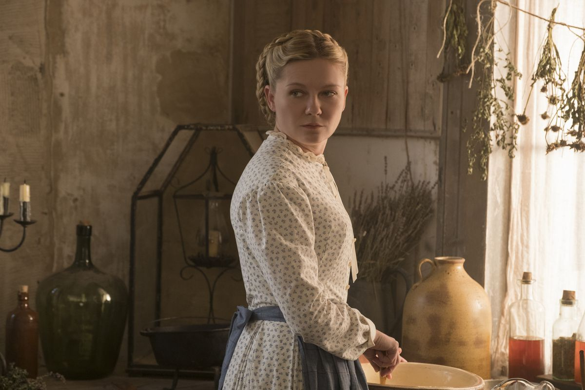Kirsten Dunst as Edwina in The Beguiled.
