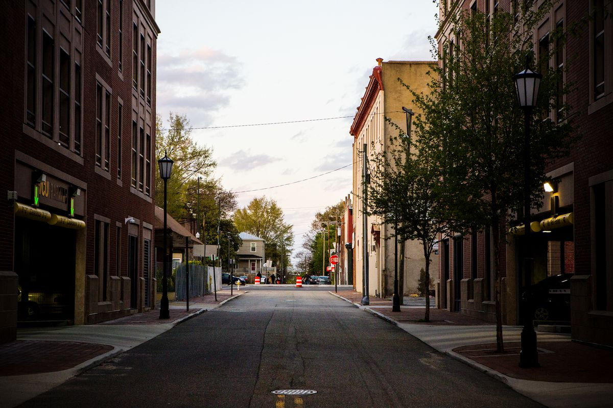 A street in Richmond, Virginia, near a Daily Planet Health Services clinic, which provides a range of treatment services for people struggling with addiction.