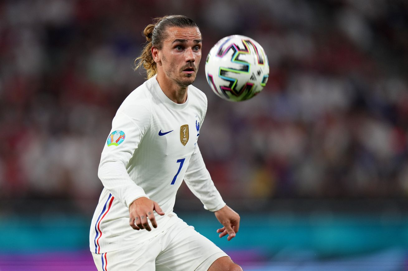 Chelsea, Man Utd, and Juventus linked with Griezmann