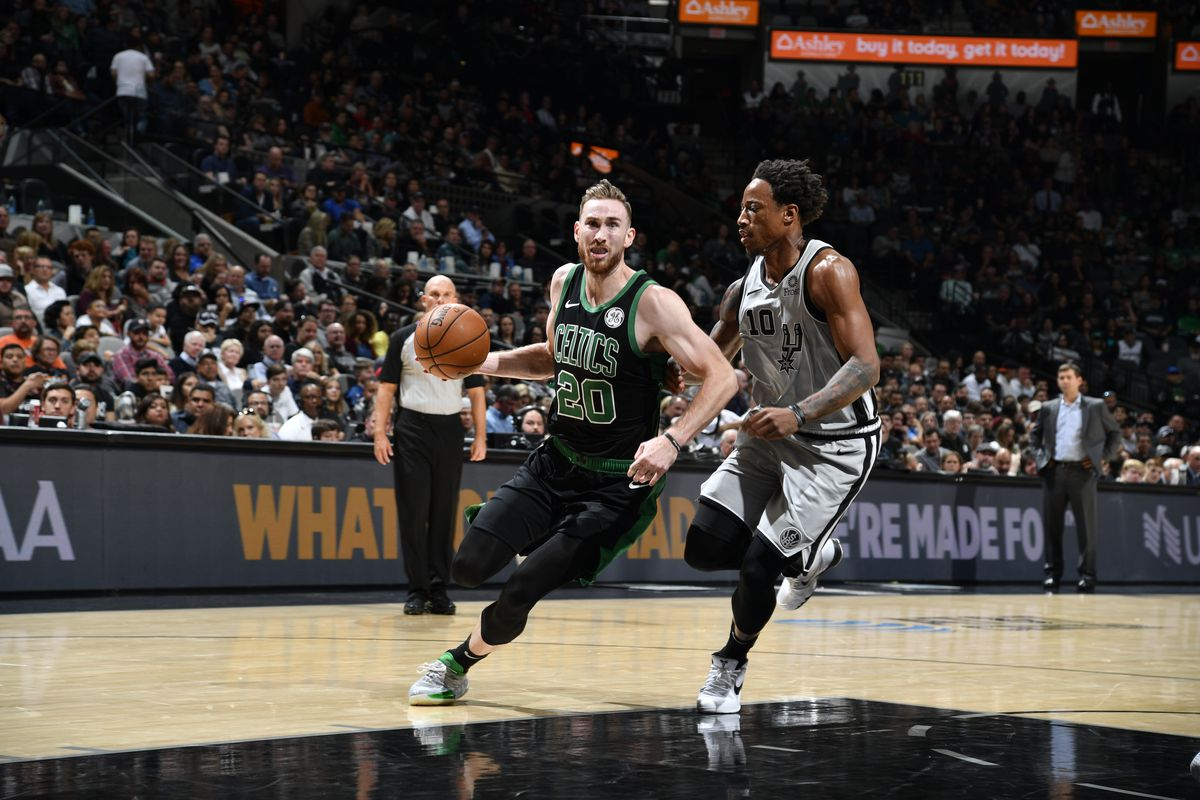 Add A Broken Hand To Gordon Hayward S Star Crossed Celtics Run The Ringer