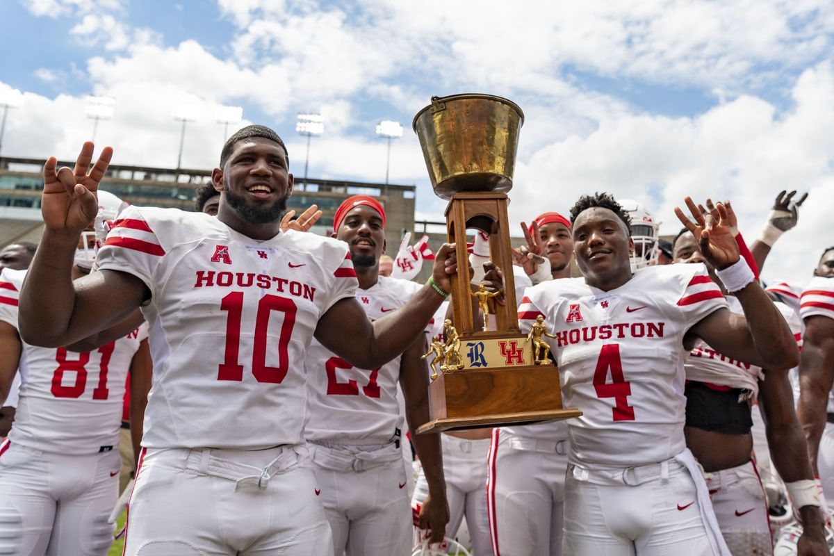 premium selection c7deb 67e13 12 Up, 12 Down: Houston Cougars - The Daily Stampede