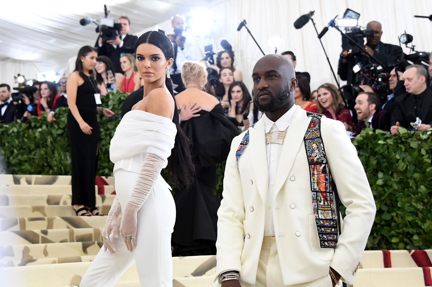 How Virgil Abloh Made Off White The Hottest Fashion Brand In The World Vox
