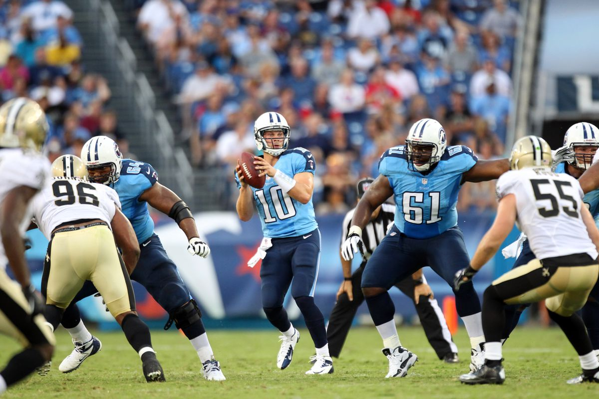 NASHVILLE, TN - AUGUST 30: Jake Locker #10 of the Tennessee Titans drops  back to pass against the New Orleans Saints at LP Field on August 30, 2012  in ...