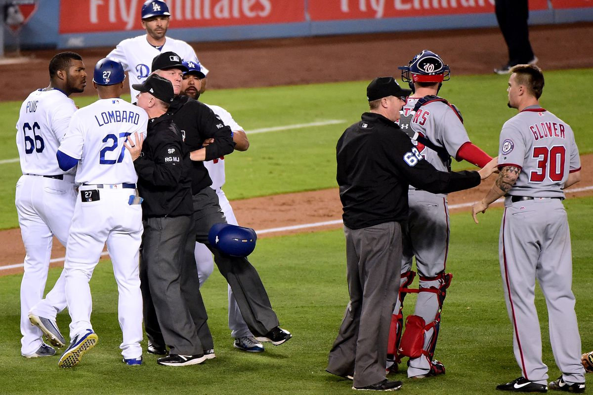 LEADING OFF: Gennett follows 4-HR game; Kershaw vs Strasburg